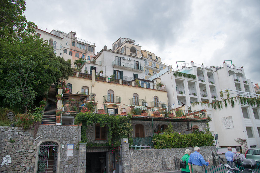 RAVELLO ON THE CLIFF
